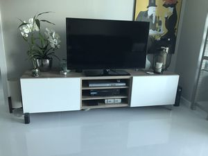 IKEA Besta TV Stand with drawers for Sale in Miami, FL