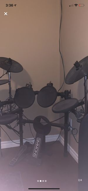 Simmons Electric Drum Set for Sale in Wichita Falls, TX