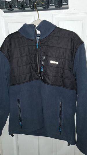 Reebok men's sweater (L) for Sale in Elizabeth, NJ
