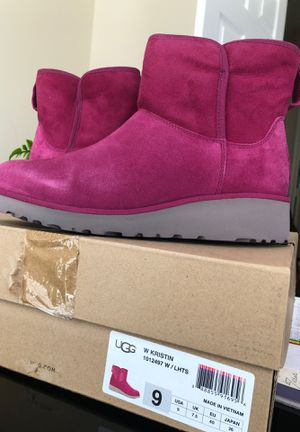 Brand New Uggs Size 9 for Sale in MD CITY, MD