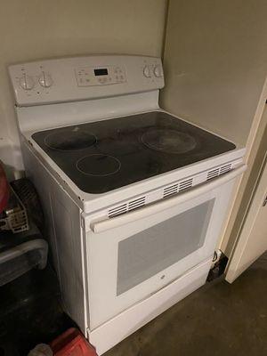 Tanque de diesel, estufa, refrigerador en buen estado for Sale in Midland, TX