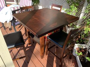 Excellent, almost new dining table for Sale in Santa Clara, CA
