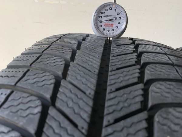 "19"" Michelin X-ICE 245/45/19 Tire Set with FULL 10/32 Tread"