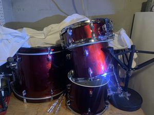 Sp Drum Set with Lp Aspire Bongos for Sale in Silver Spring, MD