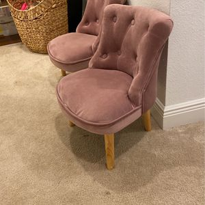 Toddler Girl Beautiful Pink Chairs for Sale in Apopka, FL