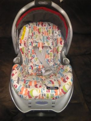 Baby car seat for Sale in Fayetteville, AR
