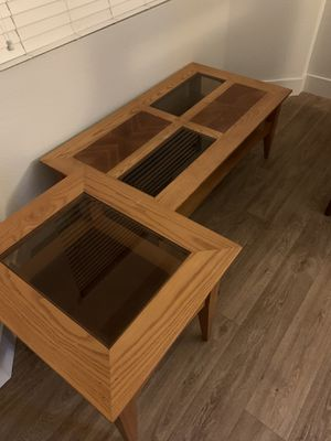 Coffee table and side table for Sale in Anaheim, CA
