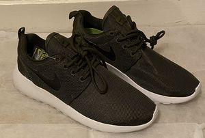 Nike Women's Tajun Tennis Shoes sz 8 (Green Olive) for Sale in Addison, TX