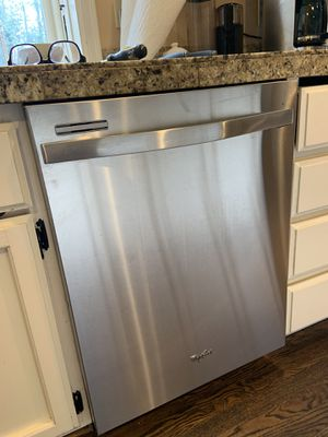 Whirlpool Dishwasher-free for Sale in Sammamish, WA