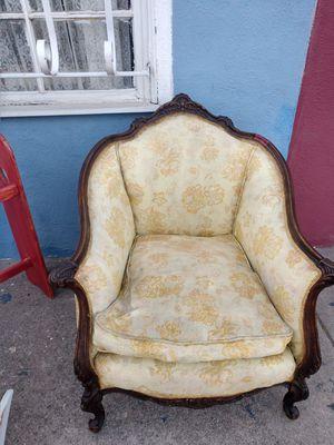 Antique chair for Sale in San Bernardino, CA