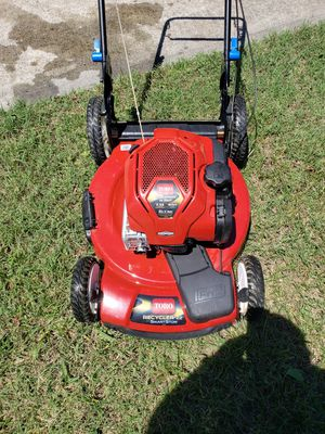 "Toro 22"" self propelled mower for Sale in Mooresville, NC"