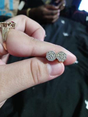 14k Gold Diamond Cluster earrings for Sale in Houston, TX