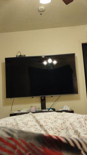 tcl 65 inch tv. 1080p smart. no remote. no stand. for Sale in Stockton, CA