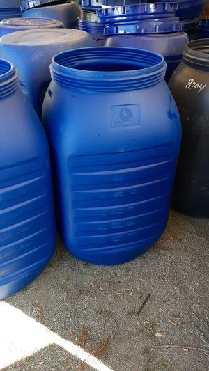 Barriles plasticos con tapa 55 galones for Sale in Richmond, CA