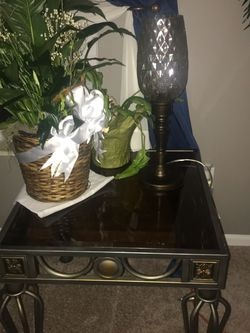 Table And Coffee Table Set for Sale for Sale in Groveport,  OH