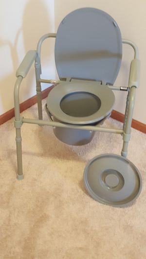 Portable toilet for Sale in Rosemount, MN
