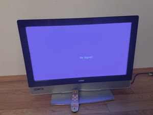 Vizio LCD 32 inch TV for Sale in Kent, WA