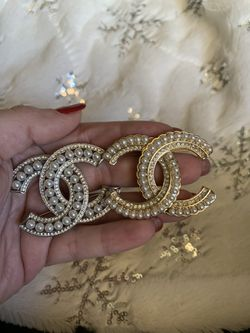 AUTHENTIC Chanel Brooches for Sale in Cedar Park,  TX