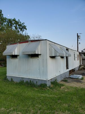Mobile home single wide for sale ruff shape for Sale in Hamilton, OH
