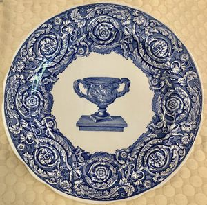 Spode Collectors Plate 'Blue Room Warwick Vase' Mint for Sale in Woodinville, WA