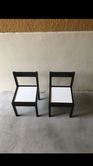 2 small chairs for kids for Sale in Hollywood, FL