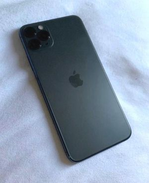 iPhone 11 Pro Max 64gb on T-Mobile. Immaculate condition for Sale in Federal Way, WA