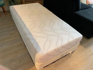 SERTA ICOMFORT TWIN SIZE MATTRESS WITH BOX SPRING. NEW! for Sale in Boynton Beach, FL