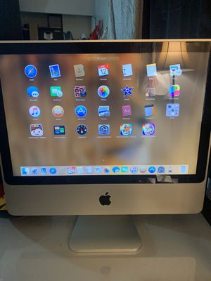 Apple all in one desktop computer $100.00 doesn't include keyboard or mouse for Sale in Cottonwood Heights, UT