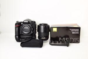 Nikon D7200 w/55-200mm lens/Nikon grip for Sale in Orlando, FL