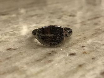 Retired Tiffany & Co Ring for Sale in Gaithersburg,  MD