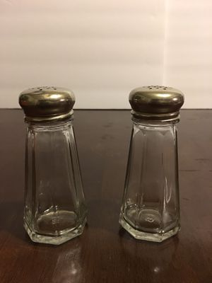 Glass shakers for Sale in Mount Prospect, IL