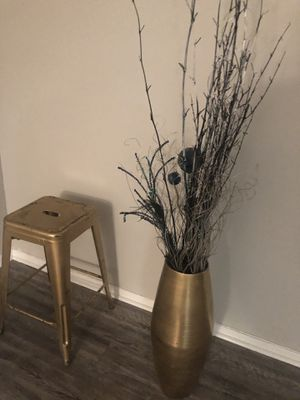 Two bar stools and vase decor $40 for all for Sale in Houston, TX