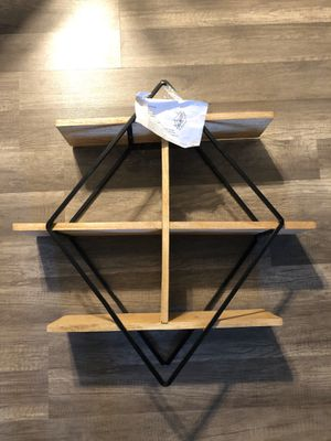 Shelf wall trista for Sale in Parlier, CA