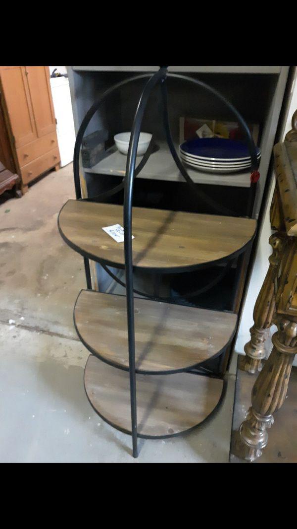 Small 3 tier Shelf