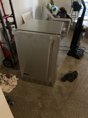 Coyote stainless steal mini fridge new condition for Sale in Newport News, VA