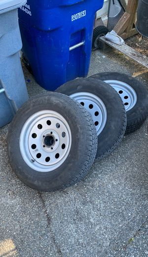 Trailer Wheels and Tires (1 Available) for Sale in Lake Tapps, WA