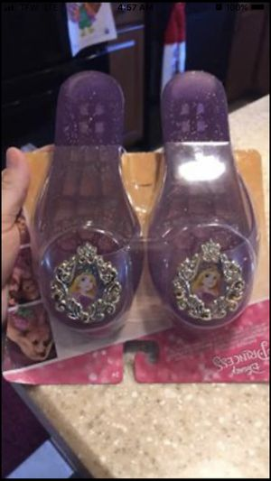 Kids play shoes Rapunzel New! for Sale in Palmetto, FL