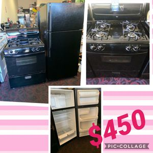 Refrigerator and stove for Sale in Los Angeles, CA