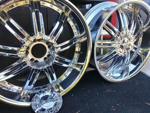 22inch truck chrome rims for Sale in Phoenix, AZ