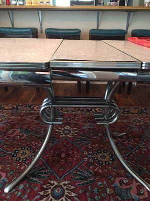 1950s Gray Formica table/6 chairs for Sale in Bothell, WA