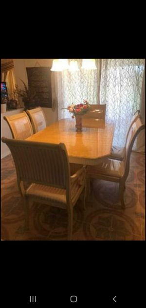 Dining table for Sale in Arlington, TX
