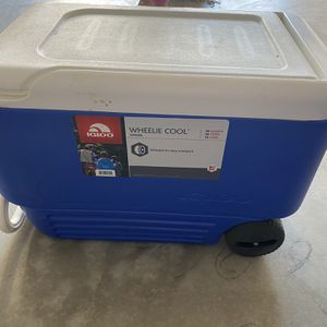 Cooler for Sale in Chino Hills, CA