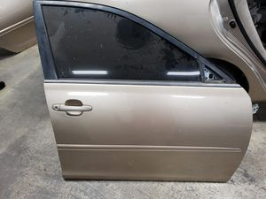 2002 Toyota Camry Right Front Door OEM for Sale in Glendale, CA