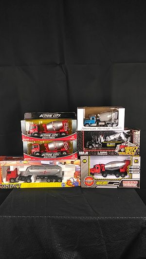 6 Unopened 1:50 Scale Die Cast Trucks for Sale, used for sale  Monroe, NC