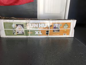 Sun hut grow tent. 4/4 xl MUST GO TODAY!!!!!!! for Sale in Brentwood, CA