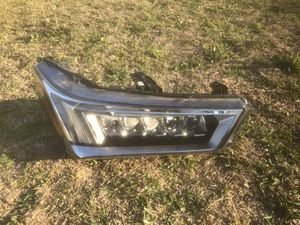2017 2018 2019 ACURA MDX RIGHT PASSENGER SIDE XENON HEADLIGHT OEM for Sale in Downey, CA