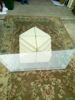 Coffee table beveled glass for Sale in Garland, TX