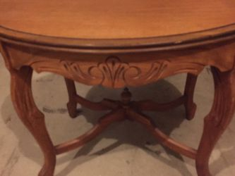 Antique Walnut Coffee Table for Sale in Aloha,  OR