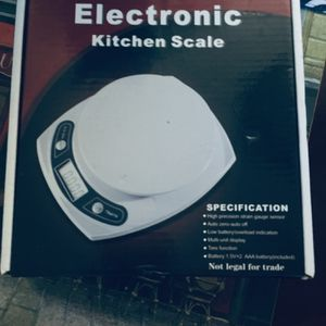 Kitchen Scale (Battery Operated) New for Sale in Columbia, SC