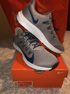 MENS NIKE QUEST BRAND NEW SIZE 9 and 10 ONLY ASKING $70 for Sale in Los Angeles, CA